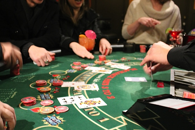 Blackjack match the dealer rules